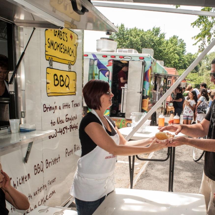 Milwaukee food truck craft beer festival events universe for Food truck and craft beer festival